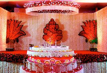Chalil Events Kerala Wedding Stage Decoration Arches Mandapas